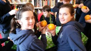 "Making ""pomanders"" to ward off the plague in Tudor Maidenhead!"