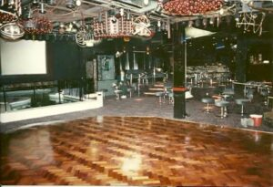 La Valbonne dance floor FB